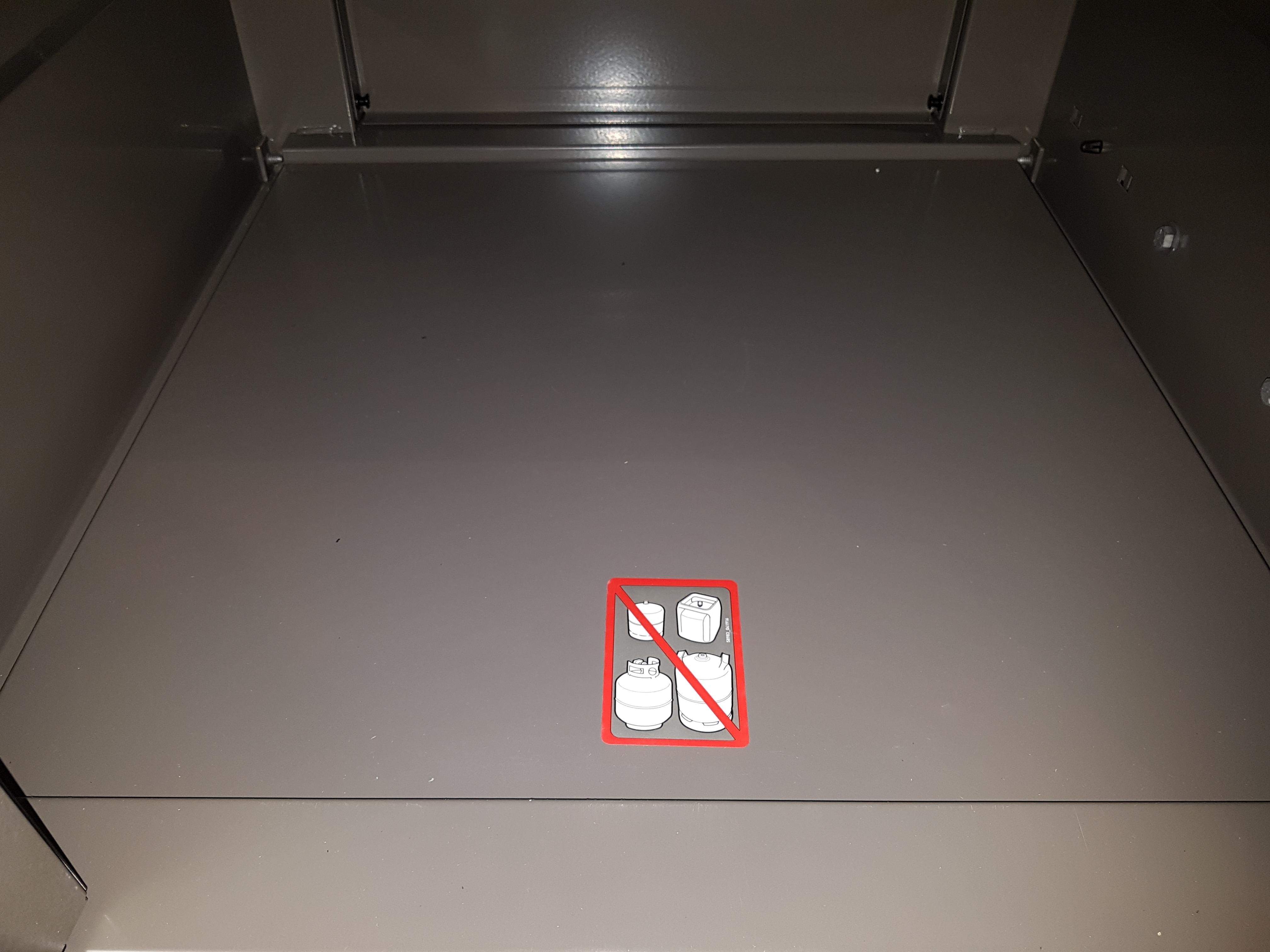 Bodenplatte Genesis II E/S-640 LX